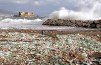 Rifiuti in mare: Bruxelles punta ad un taglio del 30% per 2030