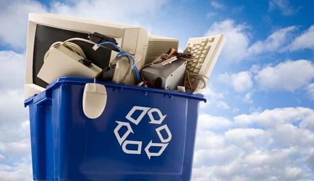 Dal 22 luglio i rifiuti elettronici si portano in negozio