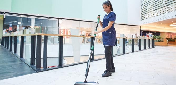 Sistema per la pulizia dei pavimenti erGO! di UNGER
