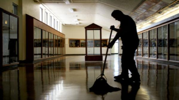 Appalti pulizie scuole: intesa raggiunta tra organizzazioni imprenditoriali, sindacati e Ministeri dell'Istruzione, del Lavoro e dei Rapporti con le Regioni