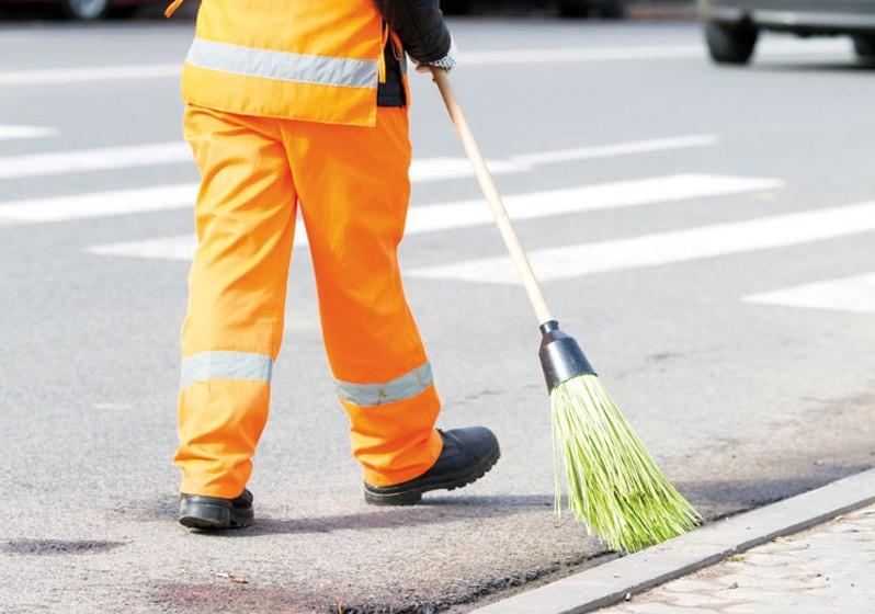 Servizi di pulizia delle strade e gestione dei rifiuti urbani: UNI 11664-1 e UNI  11664-2