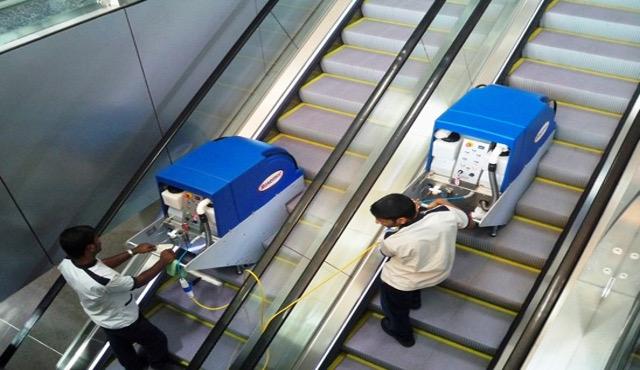 Come pulire scale mobili e tapis roulant? ISC ora ha la soluzione!