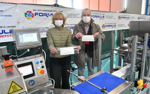 Covid: Formula Servizi inizia l'autoproduzione di mascherine